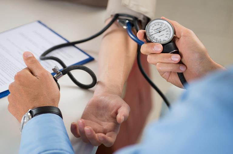 elektrikas, turintis hipertenziją